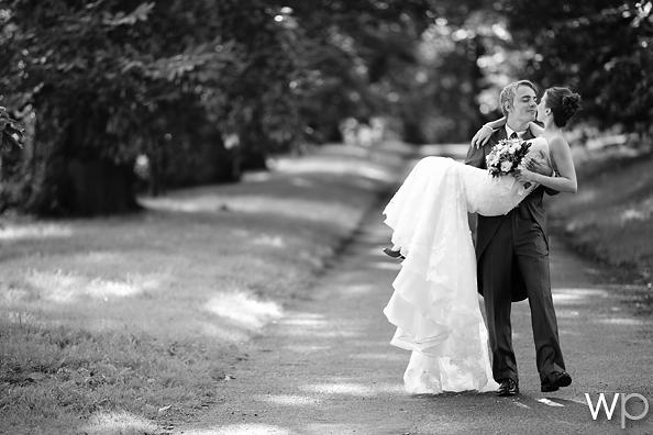 Nailsea Tithe Barn Wedding (18)