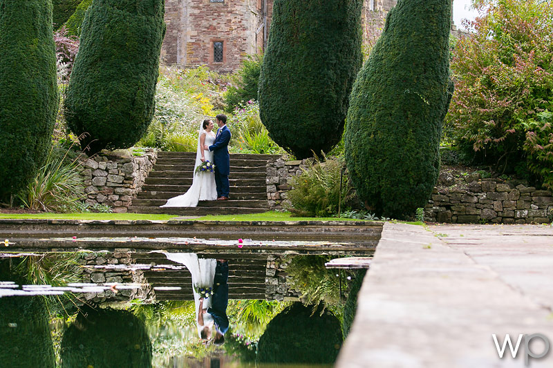 Berkeley Castle Wedding Photographer – Jessica and Colin